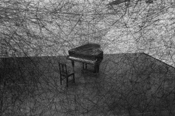 chiharu-shiota-in-silence-thread-wrapped-piano-for-art-basel-designboom-05